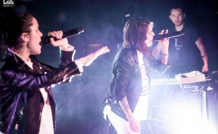 Tegan and Sara (CAN), support: Ria Mae (CAN) - photos: Roland Pozsonyi